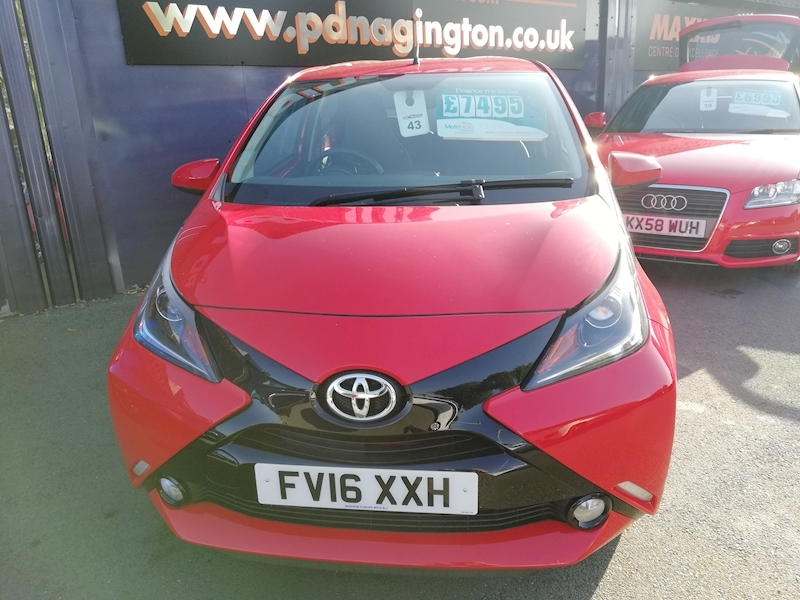 Aygo Vvt-I X-Pression Hatchback 1.0 Manual Petrol