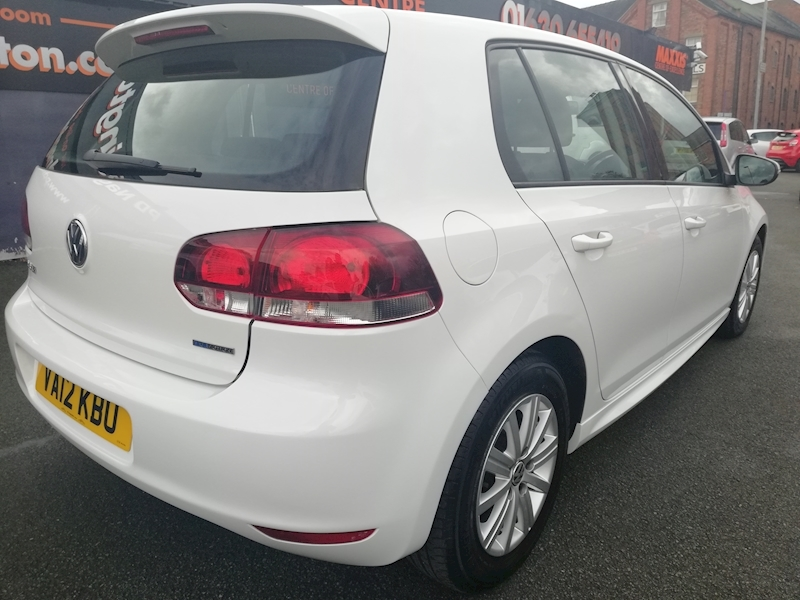 Volkswagen Golf Golf S Bluemotion Tdi - Large 4