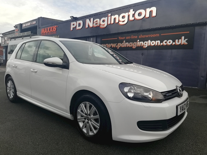 Volkswagen Golf Golf S Bluemotion Tdi - Large 16