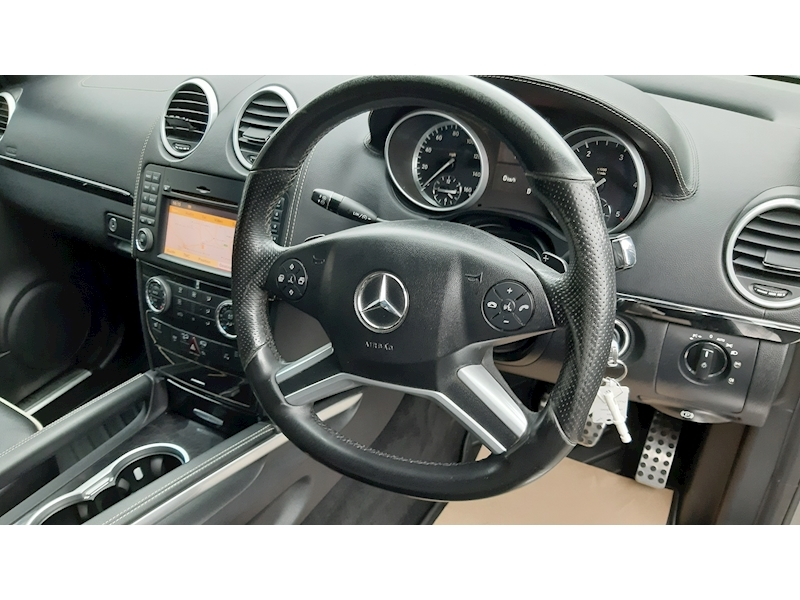 Mercedes-Benz M-Class Ml300 Cdi Blueefficiency Grand Edition - Large 8