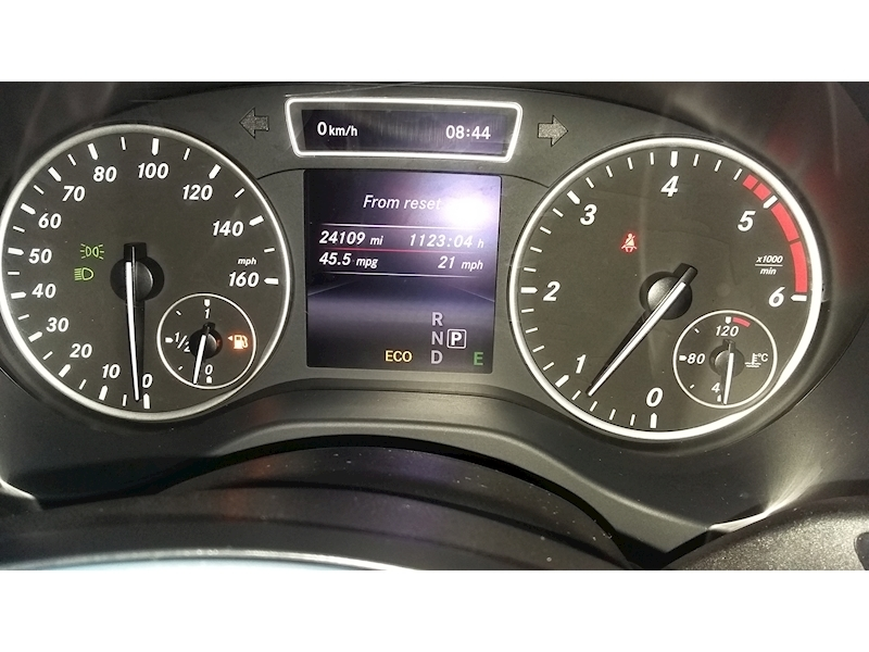 Mercedes-Benz A-Class A180 Cdi Blueefficiency Se - Large 8