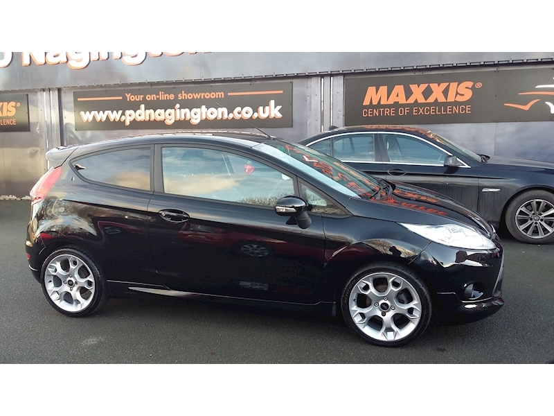 Ford Fiesta Zetec S - Large 1