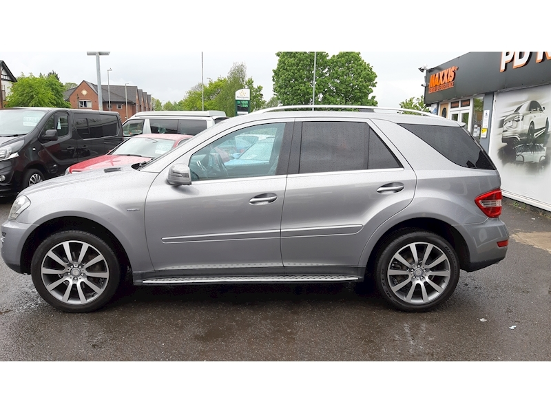Mercedes-Benz M-Class Ml300 Cdi Blueefficiency Grand Edition - Large 4