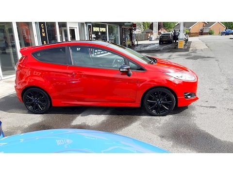 Fiesta Zetec S Red Edition Hatchback 1.0 Manual Petrol