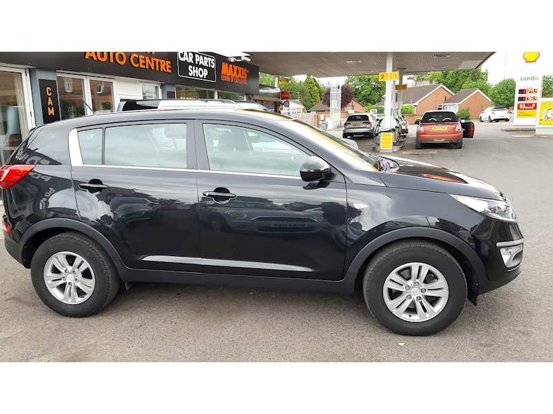Kia Sportage  SOLD Crdi 1 - Large 2