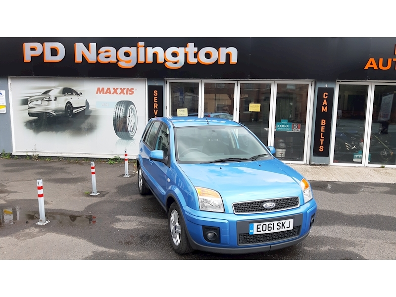 Ford Fusion Zetec - Large 0