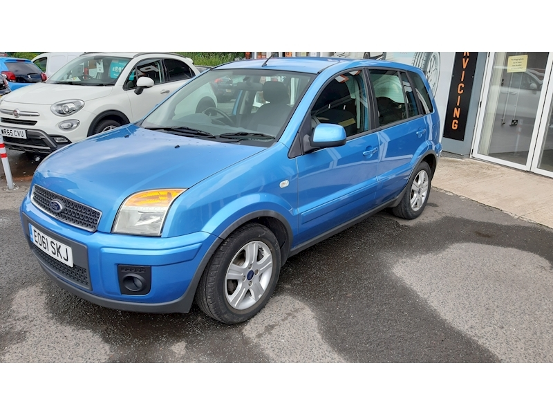 Ford Fusion Zetec - Large 3