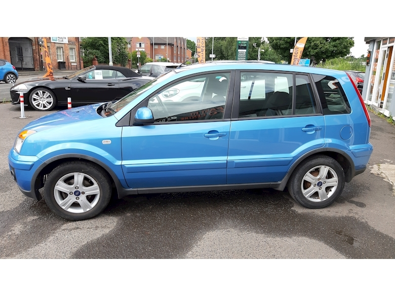 Ford Fusion Zetec - Large 4