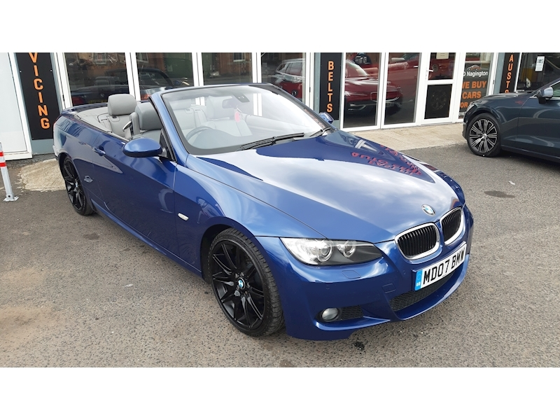 BMW 3 Series 320i M Sport Convertible - Large 1