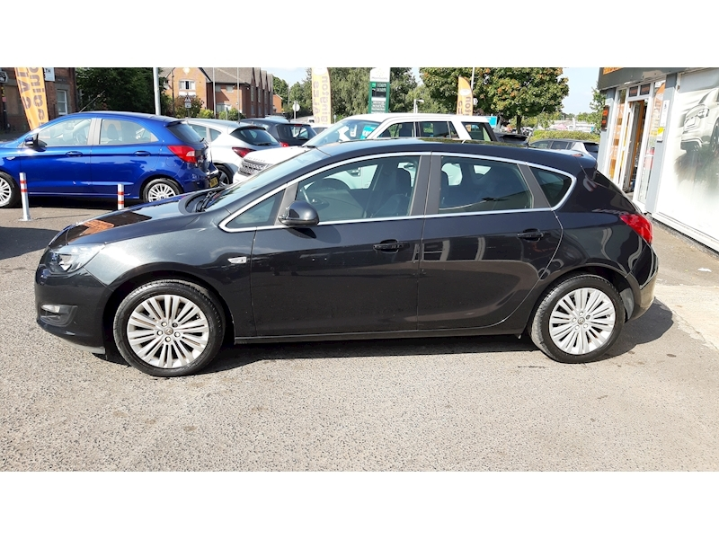 Vauxhall Astra Excite - Large 4