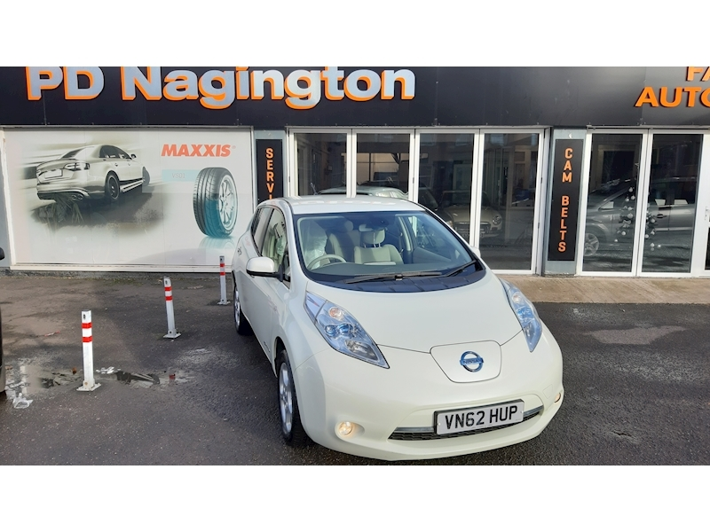 Nissan Leaf (24kWh) Hatchback 5dr Electric Automatic (107 bhp)