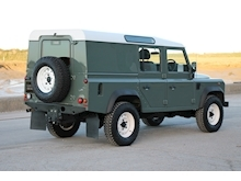 2015 Land Rover Defender 110 - Thumb 6