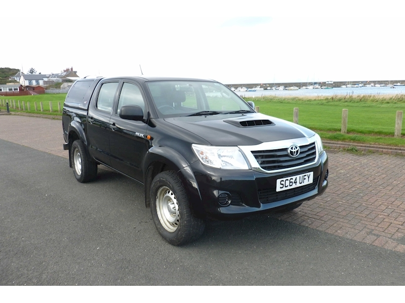 Hilux Active 4X4 D-4D Dcb Light 4X4 Utility 2.5 Manual Diesel