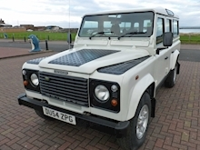 Land Rover Defender 110 Td5 County Station Wagon - Thumb 3