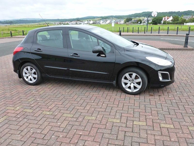 308 Hdi Active Hatchback 1.6 Manual Diesel