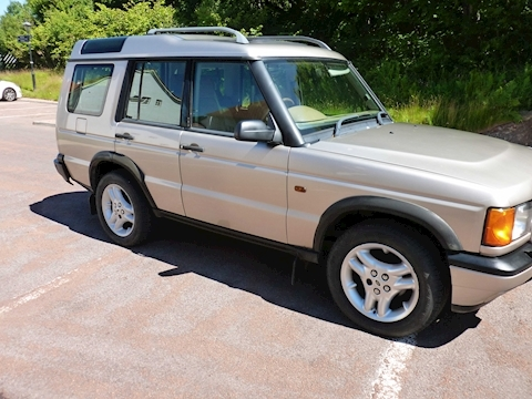 Discovery Td5 Xs 5Str Estate 2.5 Manual Diesel