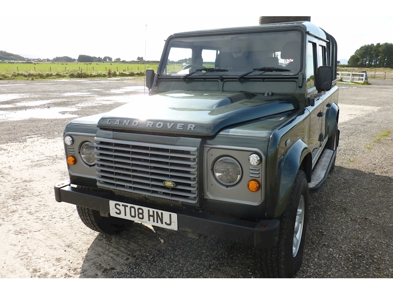 Land Rover Defender 110 Xs Dcb
