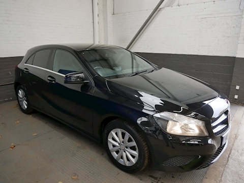 Mercedes-Benz A-Class A180 Cdi Blueefficiency Se Hatchback 1.5 Manual Diesel