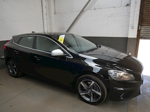 Volvo V40 D3 R-Design 2.0 5dr Hatchback Manual Diesel