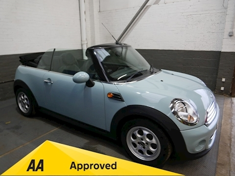 MINI 1.6 Cooper D Avenue Convertible 2dr Diesel Manual (105 g/km, 112 bhp)