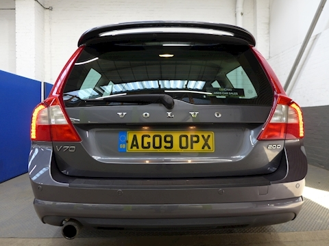 Volvo V70 V70 R-Design Se D Estate 2.0 Manual Diesel