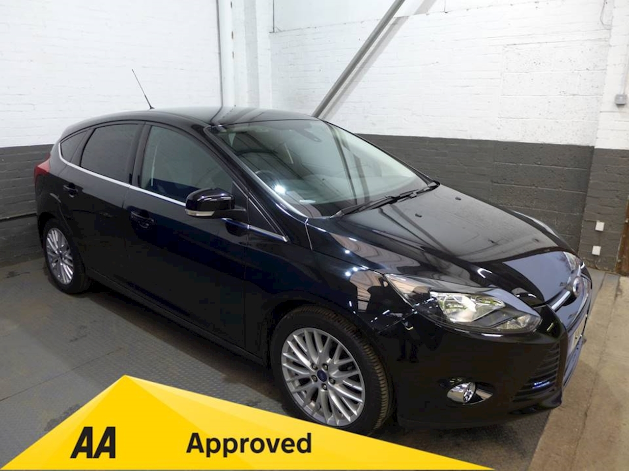 Focus Zetec Navigator Hatchback 1.6 Manual Petrol