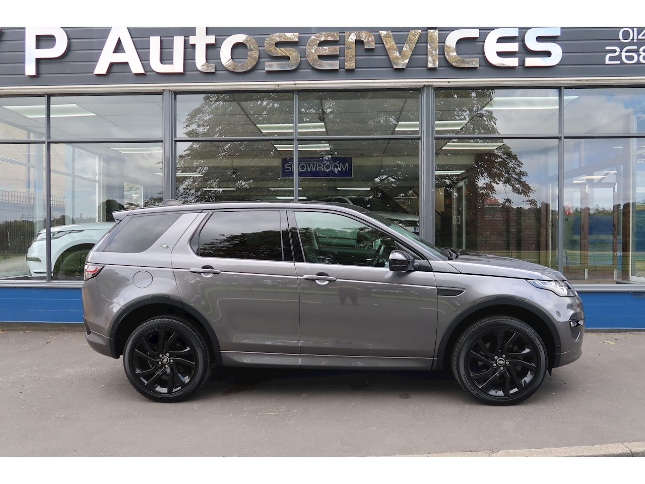 Discovery Sport HSE Dynamic Lux SUV 2.0 Auto Diesel