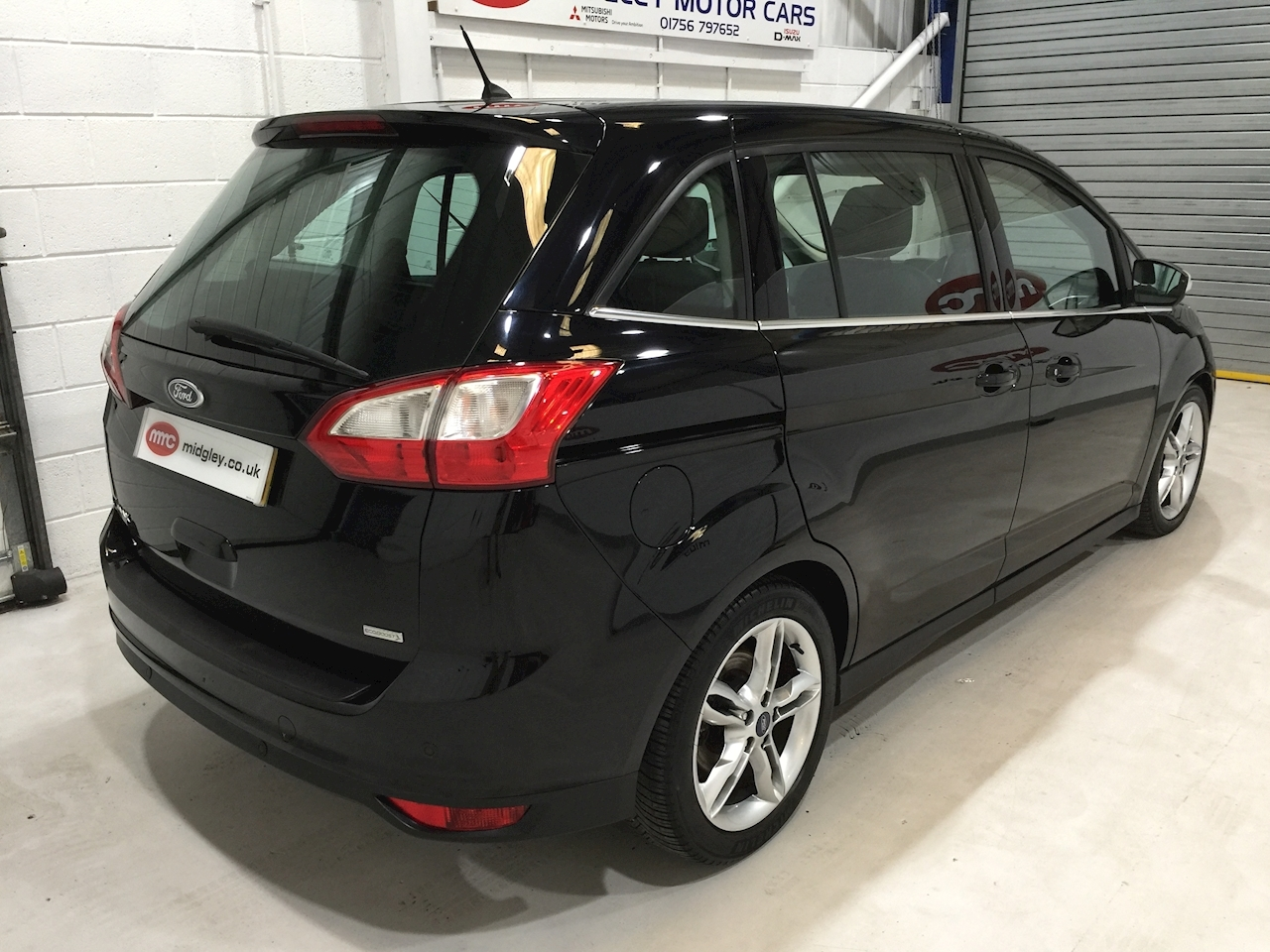 Grand C-Max Titanium X MPV 1.6 Manual Petrol