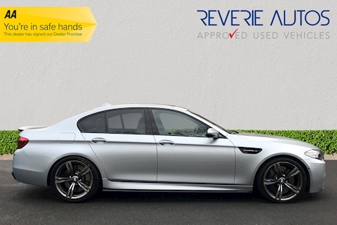 M5 M5 Competition Package Au 4.4 4dr Sports Automatic Petrol