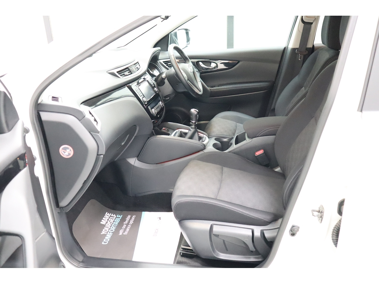 Nissan Qashqai N-Connecta Dci - Large 17
