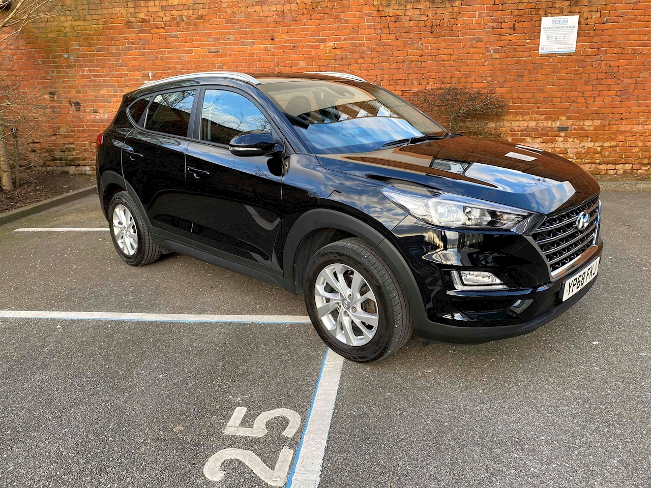 Tucson Gdi Se Nav 1.6 5dr Estate Manual Petrol