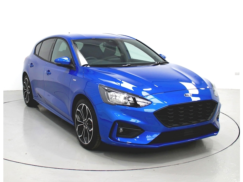 Ford Focus St-Line X Image 1