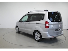 2019 Ford Tourneo Courier Titanium Tdci - Thumb 4