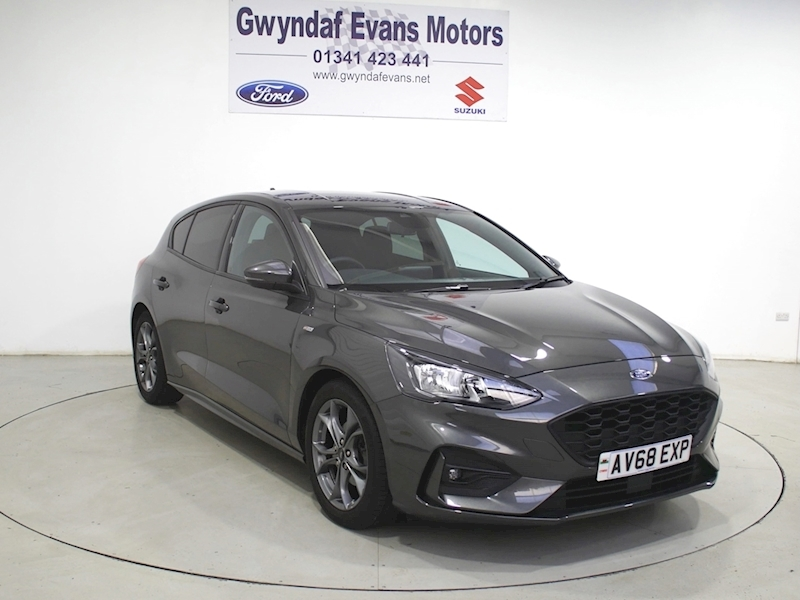 Ford Focus ST-Line Image 1