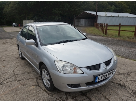 Mitsubishi Lancer Elegance Saloon 1.6 Manual Petrol