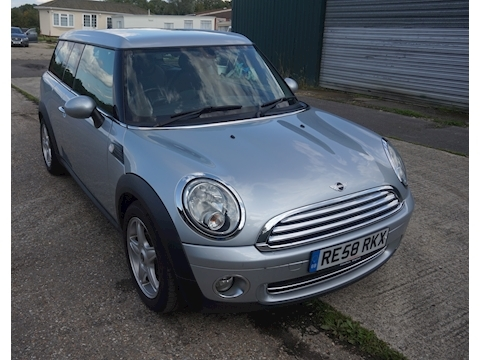Mini Mini Cooper Clubman Estate 1.6 Manual Petrol