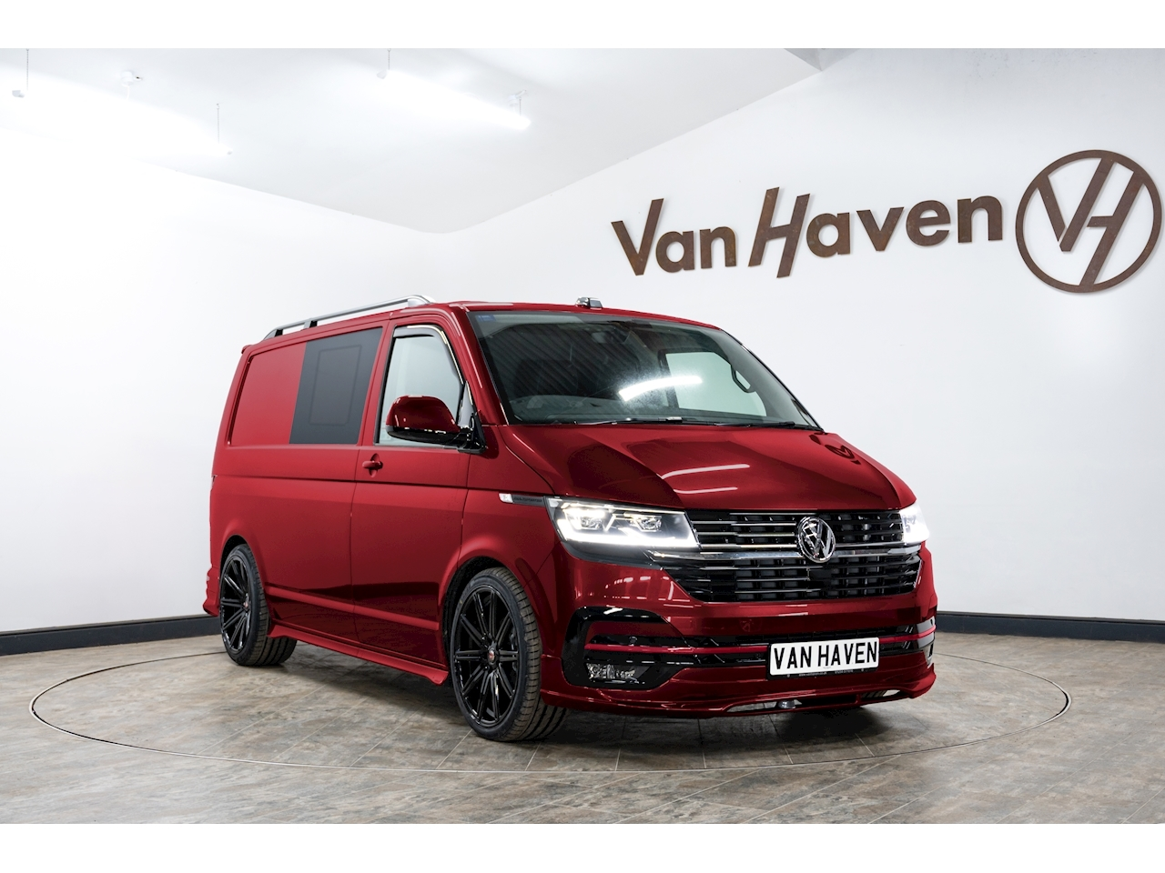 Transporter T32 Tdi Kombi Highline Window Van 2.0 Semi Auto Diesel