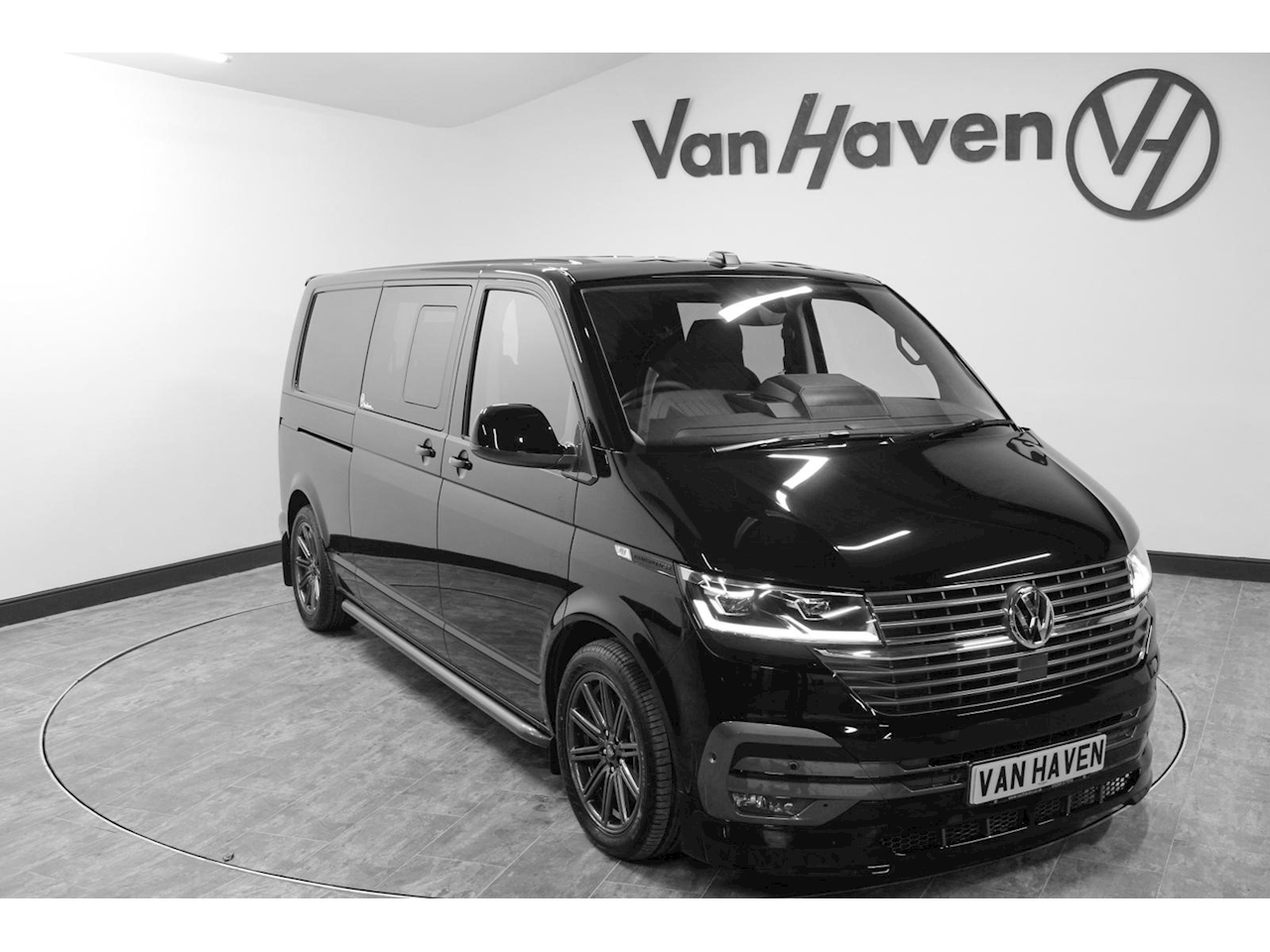 Transporter T32 Tdi Kombi Highline Bmt Window Van 2.0 Semi Auto Diesel