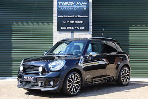 Mini Countryman COOPER S ALL4 - Large 0