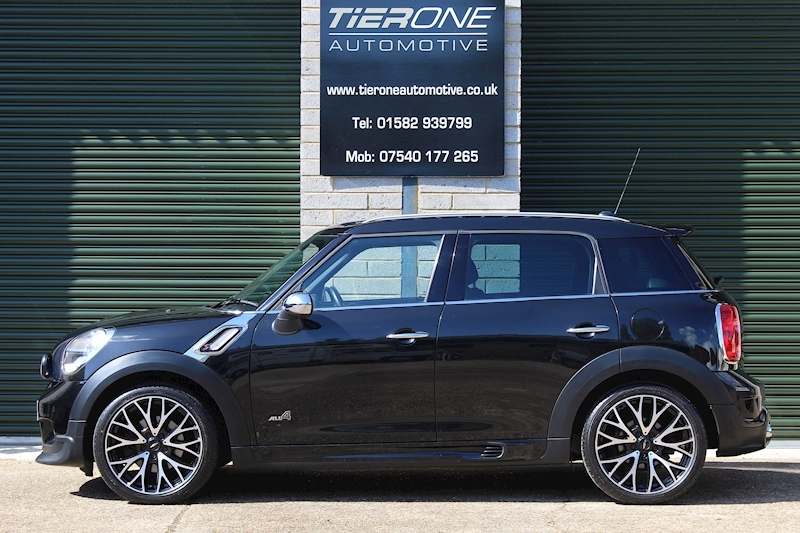 Mini Countryman COOPER S ALL4 - Large 8