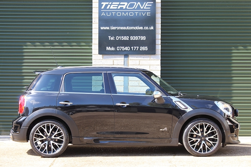 Mini Countryman COOPER S ALL4 - Large 2