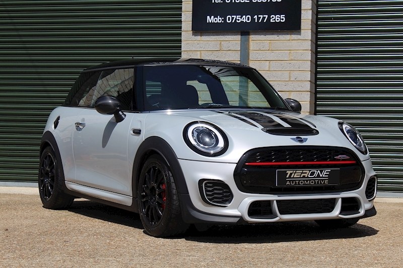 Mini Hatch John Cooper Works - Large 31