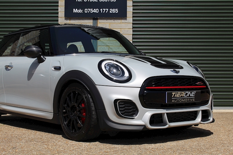 Mini Hatch John Cooper Works - Large 25
