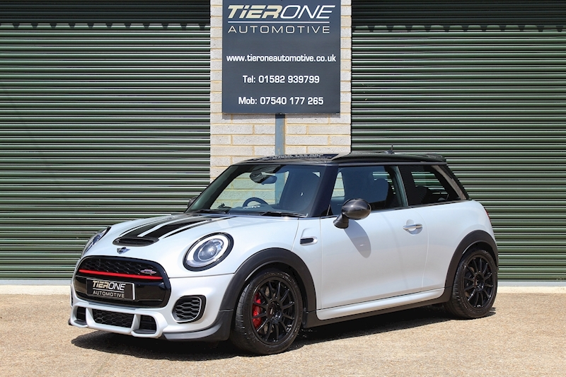 Mini Hatch John Cooper Works - Large 0
