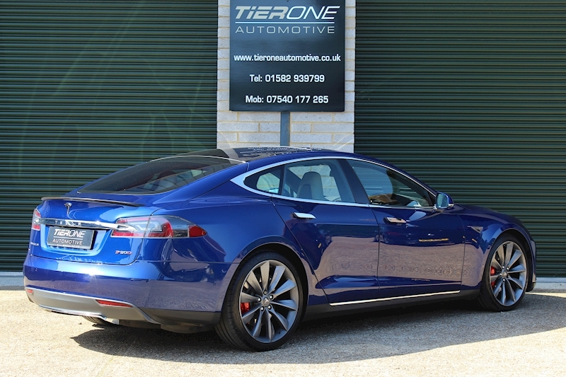Tesla Model S P90d AWD - Large 1