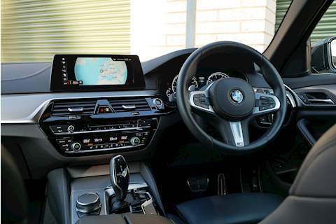 BMW 5 Series 530D M Sport Touring - Large 5