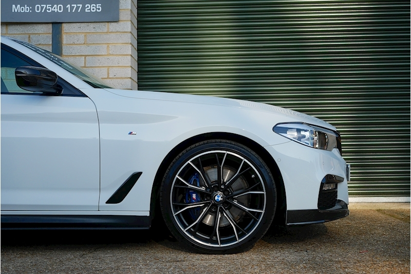 BMW 5 Series 530D M Sport Touring - Large 24