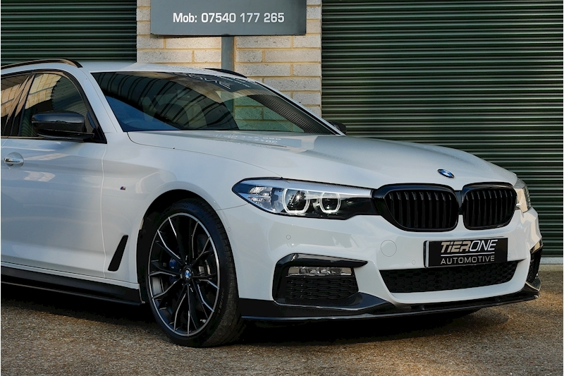 BMW 5 Series 530D M Sport Touring - Large 30