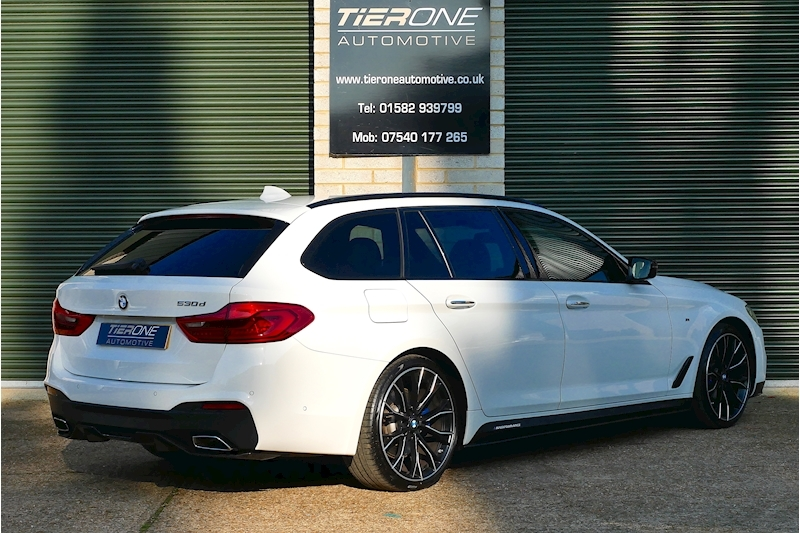 BMW 5 Series 530D M Sport Touring - Large 1