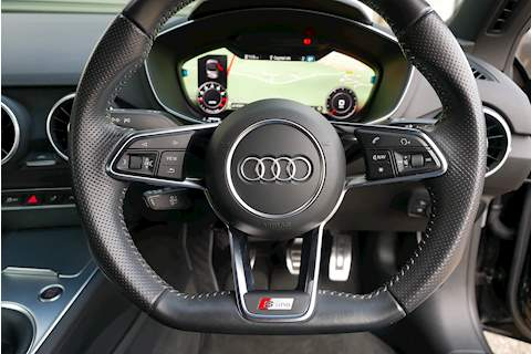 Audi TT Tfsi S Line Black Edition - Large 13